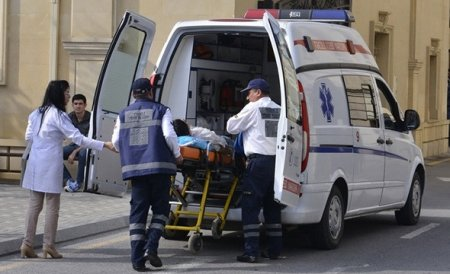 Баку: в цепном ДТП пострадали 7 человек