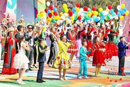 Азербайджанская певица выступила на праздновании 1000-летия Алматы