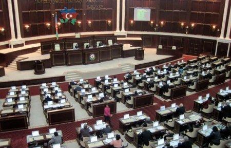 В Азербайджане импорт и продажу ряда товаров освобождают от НДС