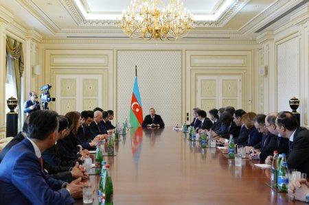 Алиев признал отсутствие индустрии туризма в Азербайджане