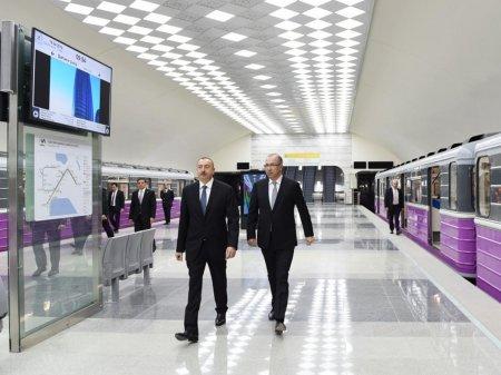 Президент Ильхам Алиев принял участие в открытии новых станций Бакметрополитена