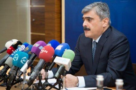 Азербайджан постепенно восстановит свой суверенный рейтинг, сказал  журналистам министр финансов Самир Шарифов.