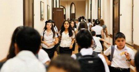 Оценки по итогам учебного года в школах Азербайджана согласно приказа министра будут определяться по новым правилам