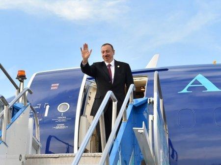 Ильхам Алиев вылетел в Петербург для участия на саммите по Карабаху