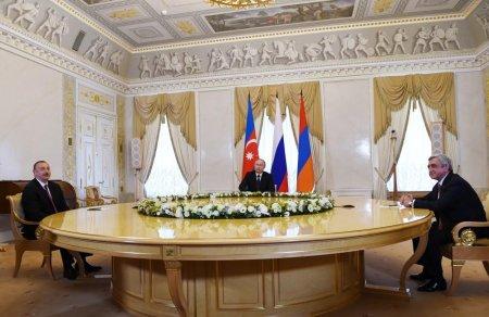 Президенты России, Азербайджана и Армении согласовали заявление по Карабаху