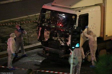 Число пострадавших при теракте в Ницце превысило 300 человек