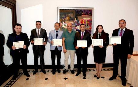PR-менеджерам вручены сертификаты
